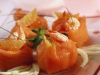 Krabben-Sandwiches im Lachsmantel Rezept