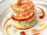 Krabbencocktail mit Salat und Paprika