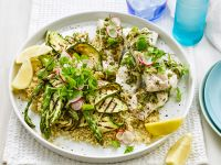 Kräuterfisch mit Quinoasalat und gegrilltem Gemüse Rezept