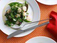 Kräutersalat mit Muscheln Rezept