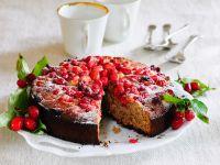 Kuchen mit Kornelkirschen Rezept