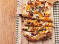 Kürbis-Flammkuchen mit Birne Rezept