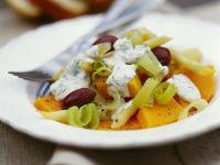 Kürbis-Lauch-Salat mit Joghurtdressing Rezept