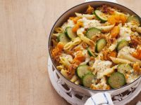 Kürbis-Nudel-Gratin mit Zucchini Rezept