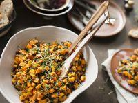 Kürbissalat mit Linsen und Mango
