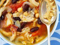 Kuttelsuppe mit Gemüse und spanischer Wurst Rezept