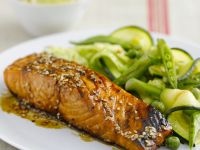 Lachs in Teriyaki-Marinade