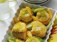 Lachs mit Kartoffelkruste und Gemüse Rezept