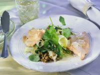 Lachsforellenfilets mit Kohlrabi-Linsen und Biersoße Rezept