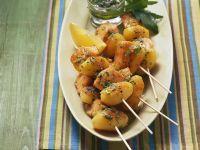 Lachsspieße mit Kartoffeln Rezept