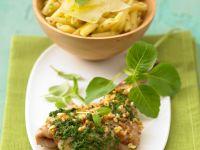 Lamm mit Erdnüssen und Pesto Rezept