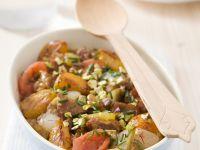 Lamm mit Tomaten, Aprikosen, Zwiebeln und Pistazien aus der Tajine Rezept