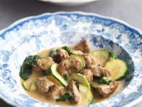 Lamm-Ragout mit Zucchini