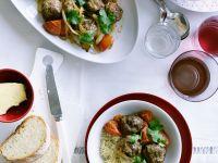 Lammfleischbällchen mit Gemüse Rezept