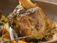 Lammhaxen mit Gemüse Rezept