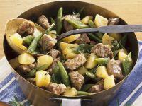 Lammtopf mit grünen Bohnen und Kartoffeln Rezept