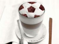 Latte Macchiato zum Fußballspiel Rezept