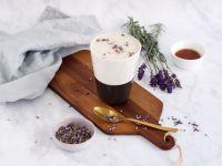 Lavendel-Latte mit Gewürzen Rezept