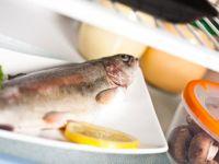 Wie lagert man Lebensmittel im Kühlschrank am besten?