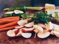 Waschen, schälen, abkochen: Lebensmittel richtig vorbereiten