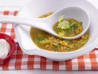 Linsen-Curry-Suppe mit Schafskäse Rezept