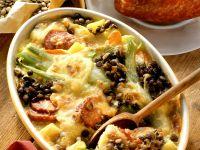 Linsen-Gemüse-Gratin mit Wurst