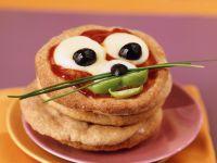 Lustige Pizza für Kinder Rezept