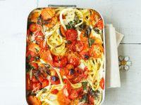 Makkaroni-Auflauf mit Tomaten und Kräutern Rezept