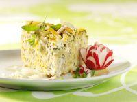 Makkaroni-Torte mit Radieschendressing Rezept