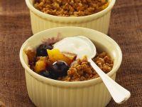 Mango-Beeren-Crumble Rezept