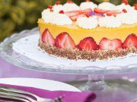 Mango-Sahne-Torte mit Erdbeeren (vegan) Rezept