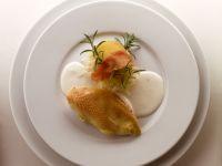Marinierte Hähnchenbrust mit Sahnesauce und Sauerkraut Rezept