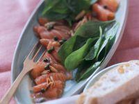 Marinierter Lachs mit frischem Spinat Rezept