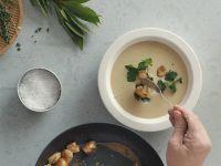 Zaubern Sie eine Maronen-Pastinaken-Cremesuppe