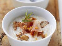 Maronisuppe mit Croutons und Speck Rezept