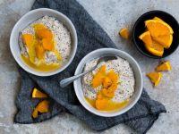 Marzipan-Mohn-Grießbrei mit Orangensauce Rezept