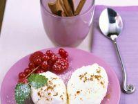 Mascarmonemousse mit Beeren und Zimt Rezept