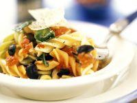 Mediterrane Gemüse-Nudeln Rezept