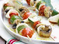 Mediterrane Grillspieße mit Gemüse