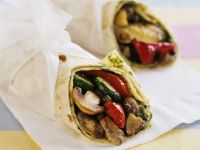 Mediterraner Gemüse-Wrap Rezept