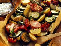 Mediterranes Ofengemüse mit Kräuterquark Rezept