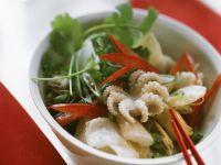 Meeresfrüchtesalat mit Brokkoli und Paprika Rezept