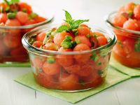 Melonensalat mit Pistazien Rezept