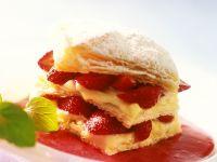 Millefeuilles mit Creme und Erdbeeren Rezept