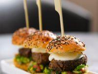 Mini-Burger mit Thunfisch und Käse Rezept