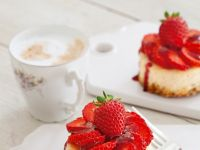 Mini-Erdbeer-Käsekuchen Rezept