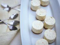 Mini-Vanilletörtchen Rezept