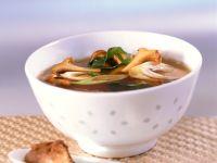 Misosuppe mit Frühlingszwiebeln und Pilzen Rezept