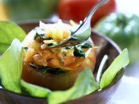 Mit Gemüse gefüllte Tomaten Rezept