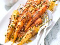 Möhren mit Senf und Ahornsirup Rezept | EAT SMARTER